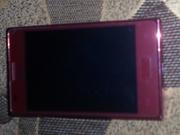 продам телефон в отличном состояниеLG-E615